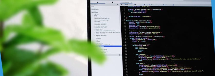 Czym zajmuje się programista i jakich narzędzi używa na co dzień?